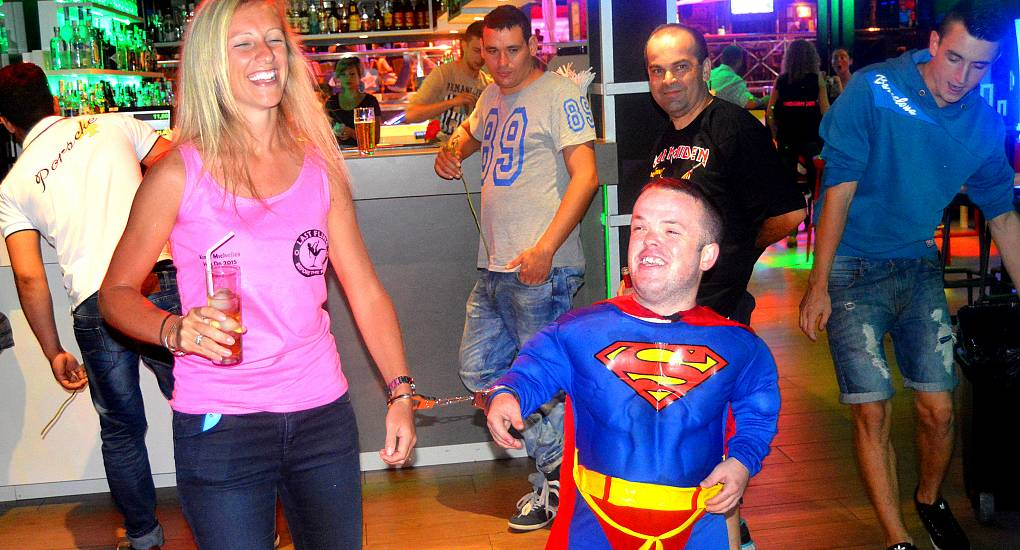 Midget stag party — pic 8
